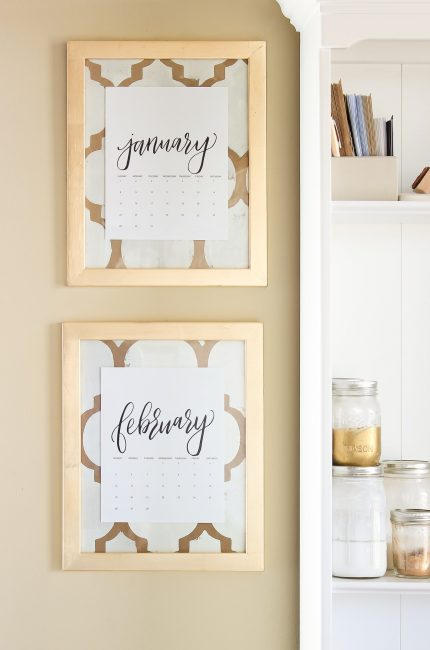 Elegant Gold Monthly Calendar