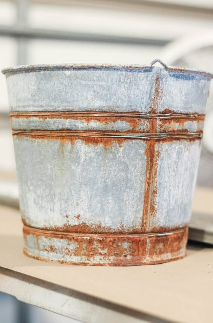 how to age a new metal bucket